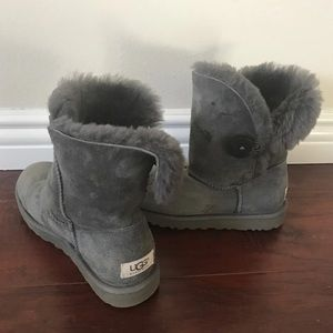 Ugg Bailey button boots 6